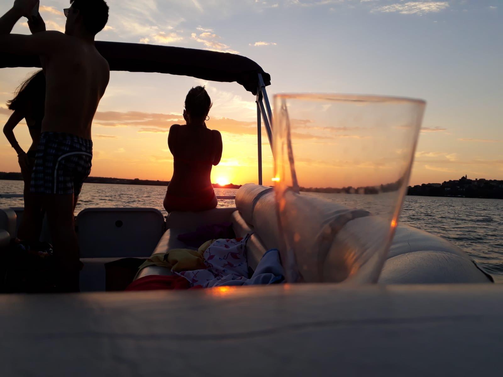 Private Boat tour trasimeno